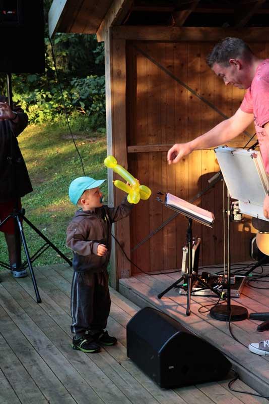 bålplads-musik-børn-ballon